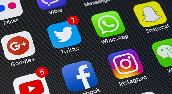 Does Your Business Need a Social Media Consultant?